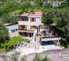 New villa with a swimming pool in the beautiful village of Rezevici