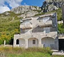 Stone house with panoramic sea and mountain views