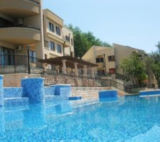 Penthouse with 3 bedrooms and panoramic views in a complex with a swimming pool